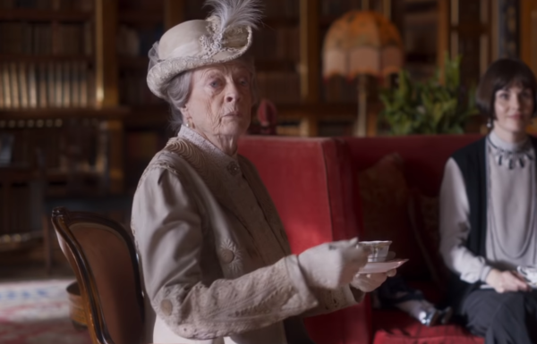 Downton-Abbey-–-Official-Trailer-Universal-Pictures-HD-0-9-screenshot-600x385