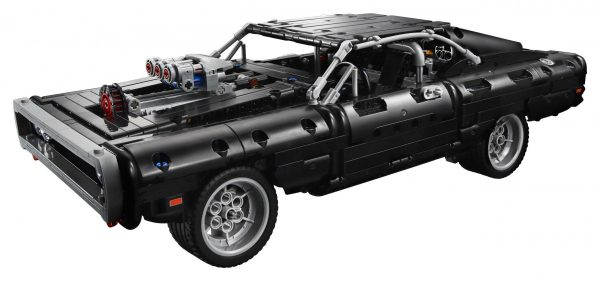 LEGO-Technic-Dom's-Dodge-Charger-42111-8-scaled-1-600x281