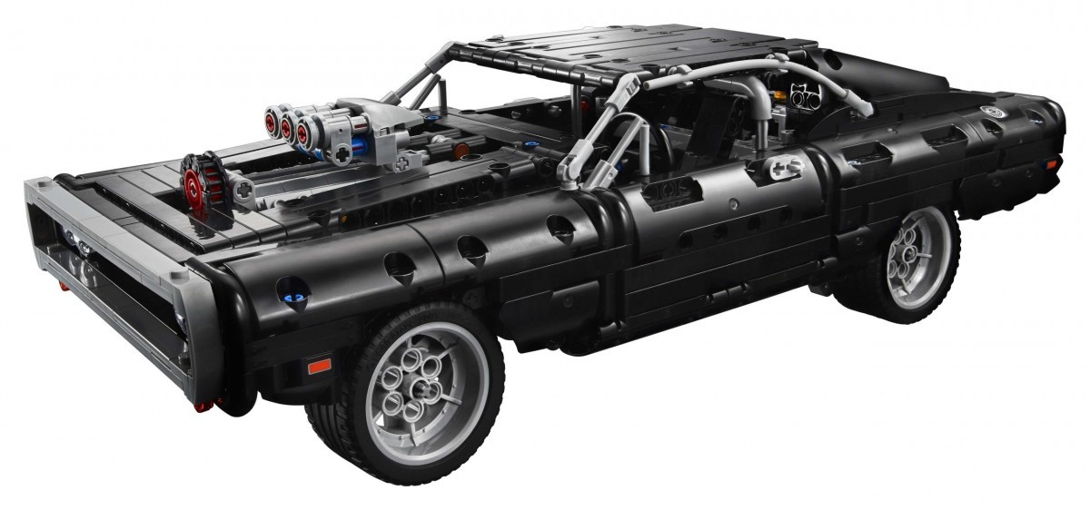 LEGO-Technic-Dom%E2%80%99s-Dodge-Charger