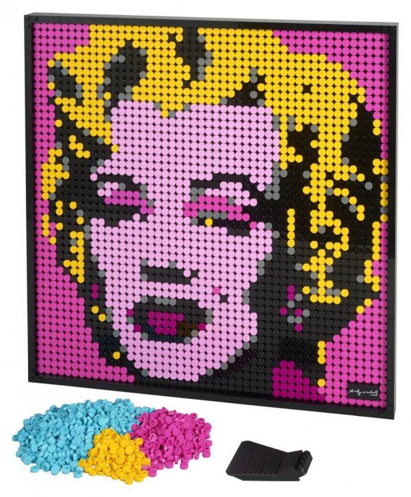 LEGO-Art-Andy-Warhol's-Marilyn-Monroe-31197-3-600x724