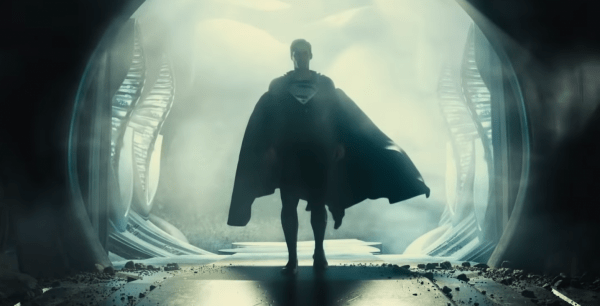 Zack-Snyder's-Justice-League-_-Official-Teaser-_-HBO-Max-0-43-screenshot-600x306